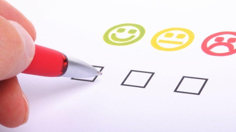 Free satisfait ses clients sur le mobile et le fixe, selon un sondage de 60 millions de consommateurs, alors que SFR perd pied