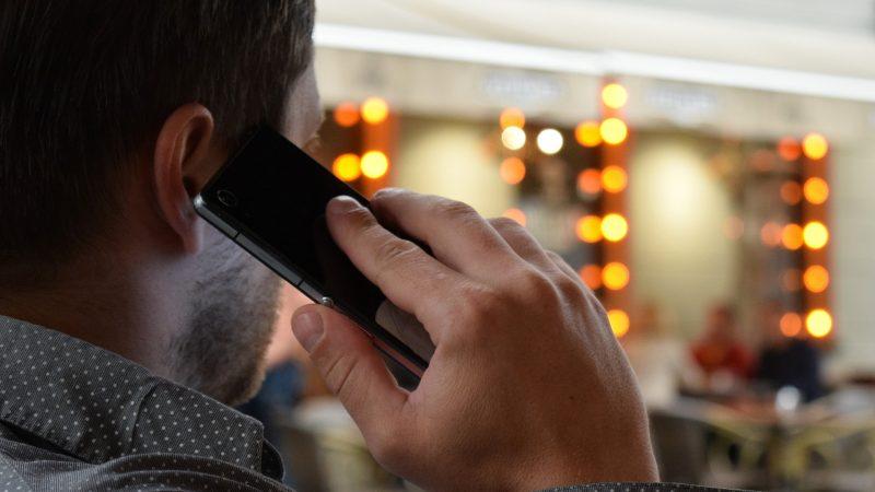 """Tuto : Filtrez vos appels de manière personnalisée avec """"Dois-je répondre ?"""" sur Android"""