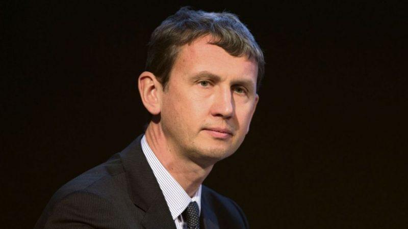 Maxime Lombardini, DG de Free, veut aller plus loin dans la mutualisation des réseaux mobiles et remet en cause le manque de volontarisme de l'Etat