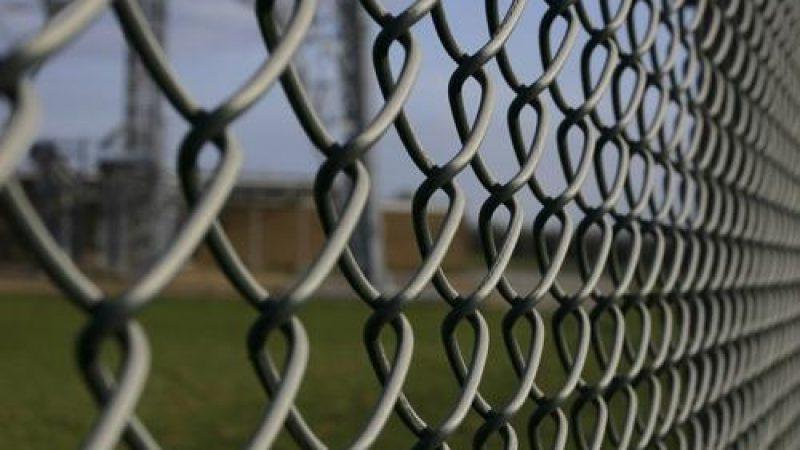 50 000 cellules dans les prisons françaises bientôt équipées de téléphones fixes