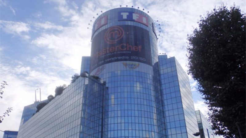 TF1 acquiert 100% de TMC et veut en faire l'arme anti-D8