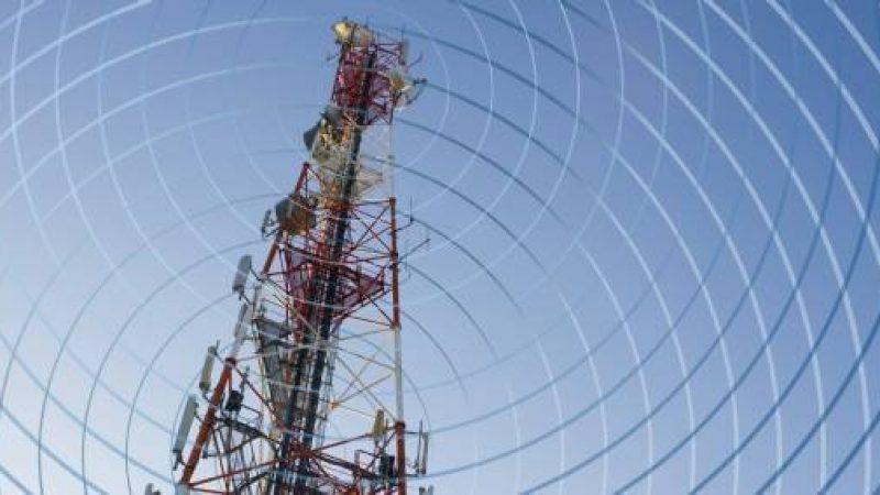 Bouygues, Free Mobile, Orange et SFR boudent une réunion de concertation anti-ondes