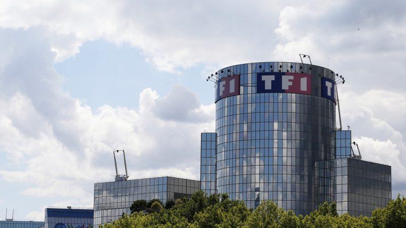 En réalité, TF1 ne peut pas couper son flux sur les box de Free, SFR ou Orange