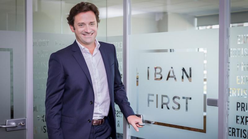 Xavier Niel investit plus d'un million d'euros dans la start-up Ibanfirst, les services financiers sur Internet pour les PME