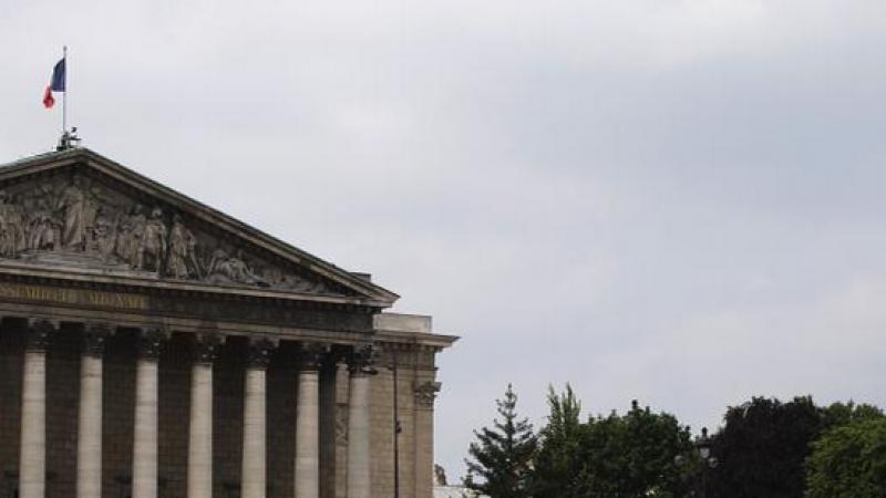 Le Parlement adopte le projet de loi relatif au Renseignement