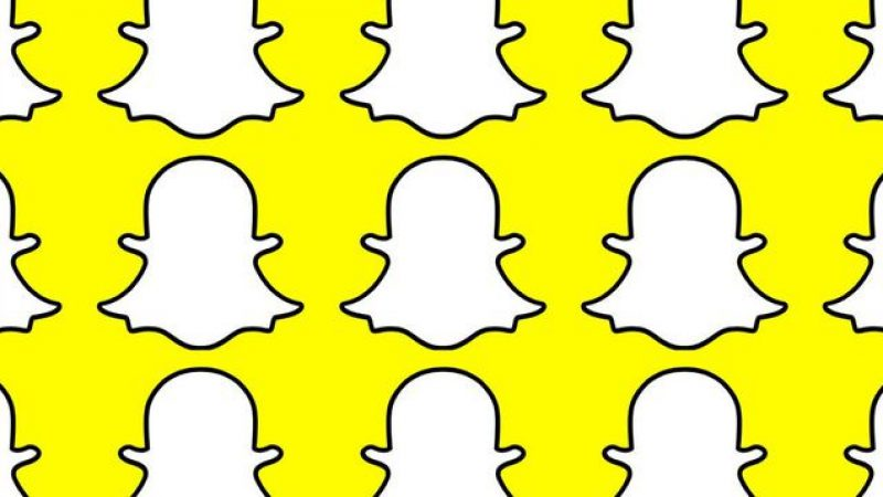 Free de nouveau sur Snapchat avec le filtre pour tester sa résistance aux clignements