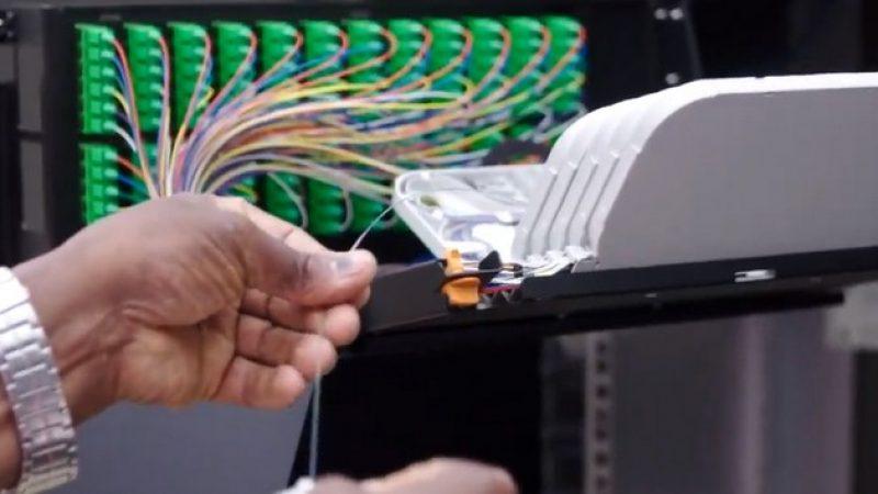 Vidéo : les deux étapes pour rendre un foyer raccordable à la fibre optique