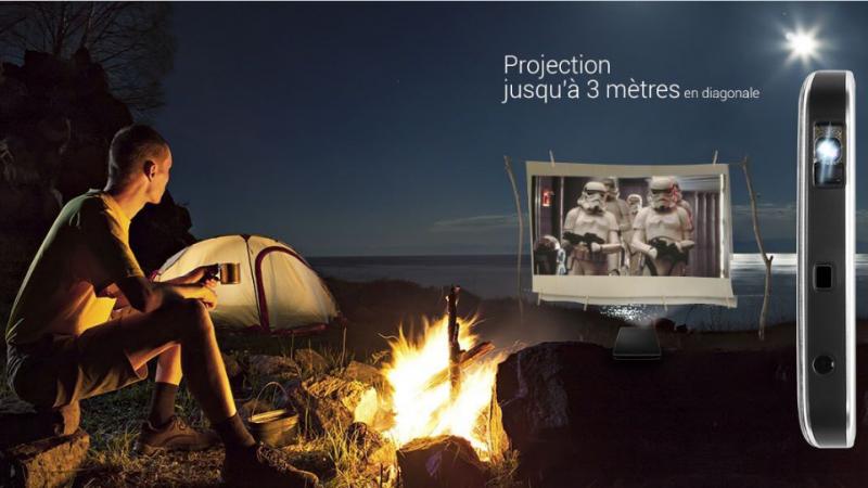 Le français Danew lance le Konnect 560 Cinepix, premier smartphone doté d'un projecteur intégré