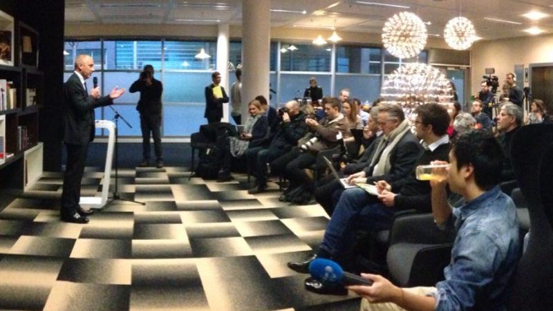 Stéphane Richard : Les  négociations Orange-Bouygues Télécom sont entrées dans la phase où sont associés Free et SFR