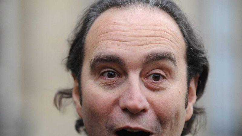 Pour les 50 ans de Xavier Niel, les élèves de l'école 42 l'imitent sous hypnose