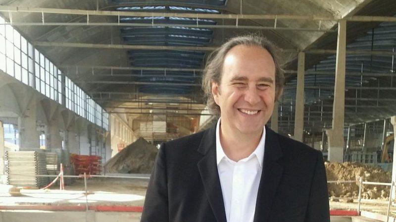 """Visite de la halle Freyssinet avec Xavier Niel et le maire du 13e : """"un chantier pharaonique"""""""