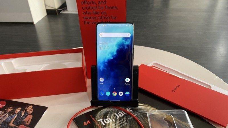 Univers Freebox a testé le OnePlus 7T Pro, un smartphone taillé pour le multimédia et gâté d'une charge très rapide