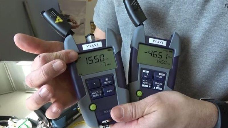 Reportage Univers Freebox: découvrez l'équipement des techniciens fibre pour s'assurer du meilleur débit