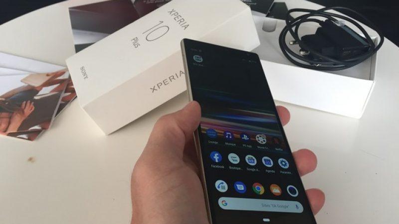 Univers Freebox a testé le smartphone Xperia 10 Plus avec son écran large 21/9 pensé pour le multimédia