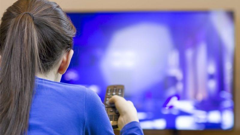 Horaire des primes times, le CSA se penche sur les retards de diffusion