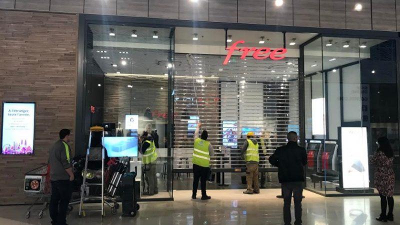 Free annonce l'ouverture d'un nouveau Free Center, et fait découvrir le nom de la ville avec une Freebox Delta
