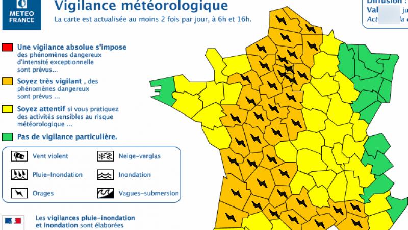 Alerte orages sur une grosse partie de la France : les conseils pour protéger votre Freebox du coup de foudre