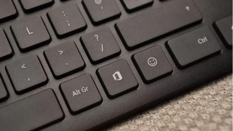 Microsoft ajoute deux touches à ses claviers: une pour Office, l'autre pour… des Emojis