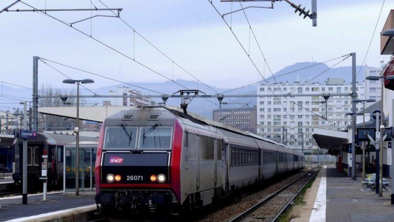 La SNCF choisit une société française pour les smartphones de ses contrôleurs