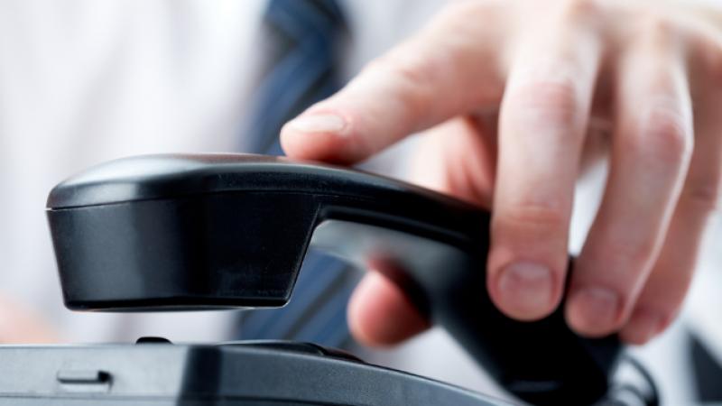Lutte contre les appels non-sollicités : entrée en vigueur de premières mesures, les opérateurs invités à de nouveaux filtrages