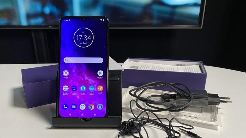 Univers Freebox a testé le Motorola One Zoom, un smartphone qui se veut polyvalent en photo