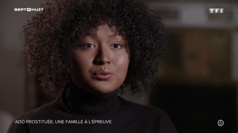 """TF1 : l'émission """"Sept à huit"""" accusée d'avoir grimé une adolescente en femme noire"""