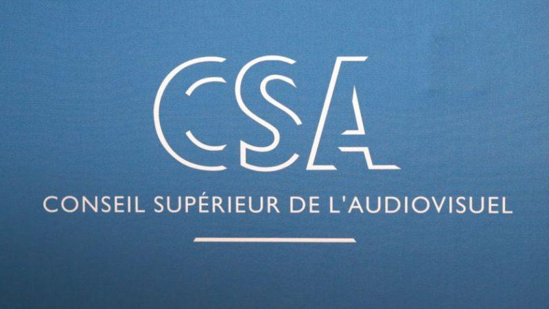 Le CSA tape sur les doigts de TF1 et TMC, toujours mauvais élèves sur les horaires de début des primes