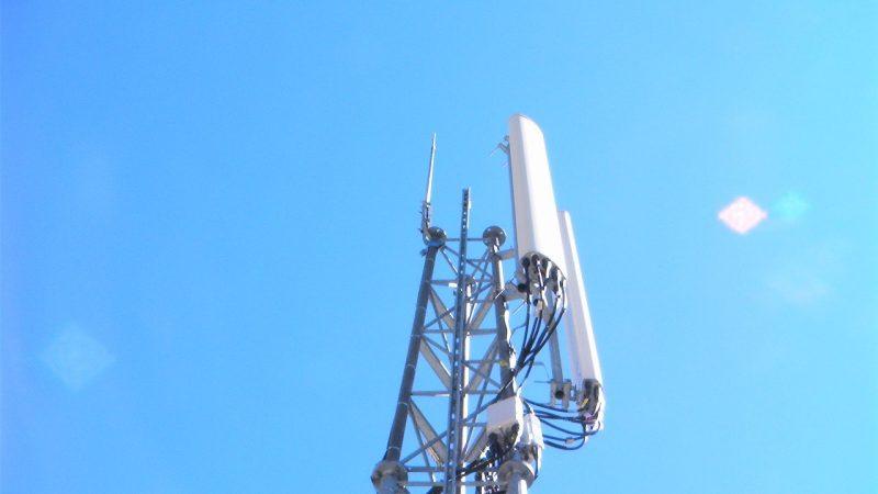 Free Mobile : quand des anti-ondes se refilent la patate chaude