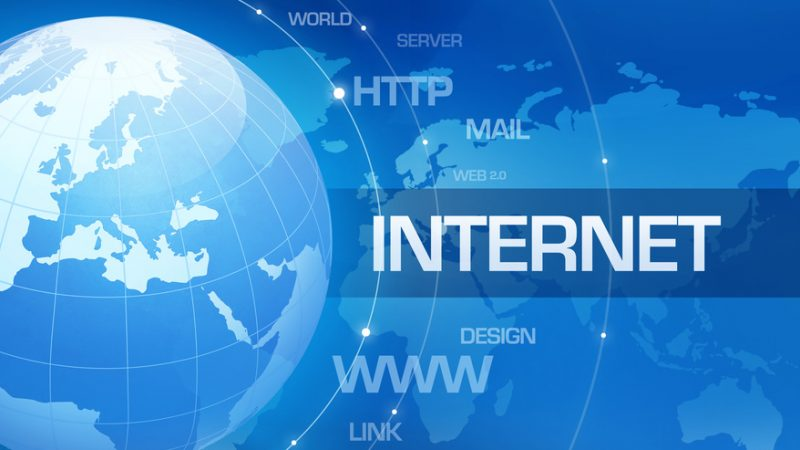 Afin d'éviter la saturation des réseaux, le gouvernement, avec l'ARCEP et les opérateurs télécoms, demande à modérer certains usages