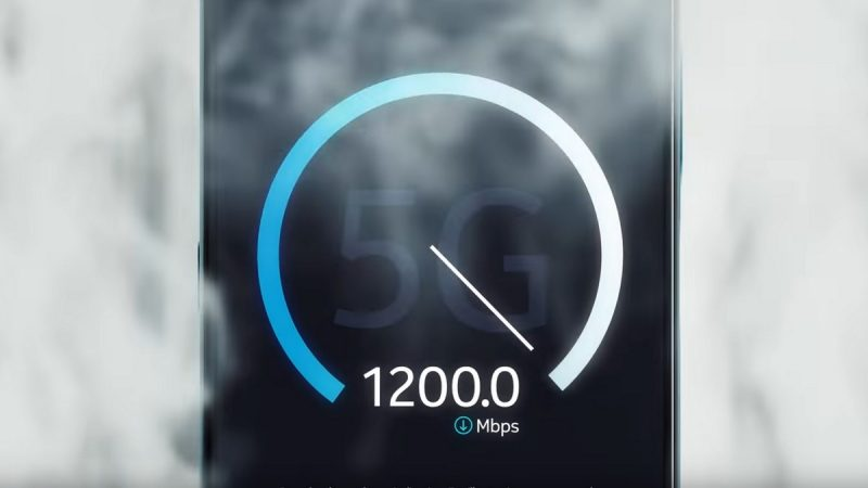 """Smartphones : Samsung améliore les débits, pendant que Nokia dévoile un modèle """"futureproof"""""""