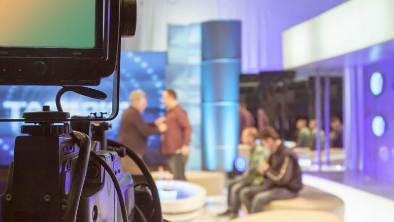 Face à l'épidémie de Coronavirus, les tournages des émissions TV sont impactés