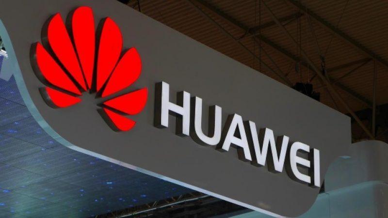 Huawei lance une nouvelle carte bancaire à l'instar de celle d'Apple