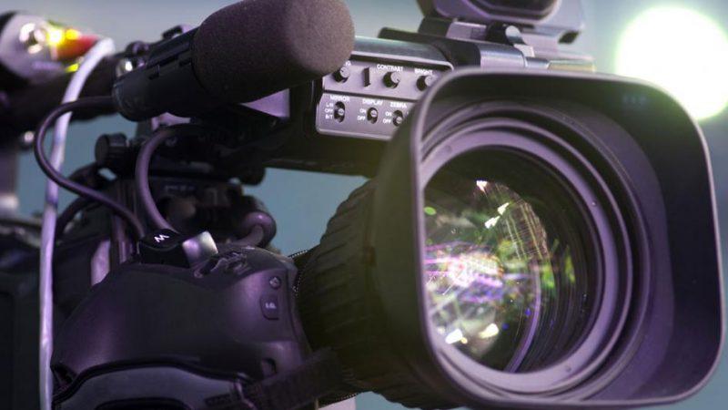 Retour du public sur les plateaux télé, de nombreuses questions se posent encore auprès des chaînes