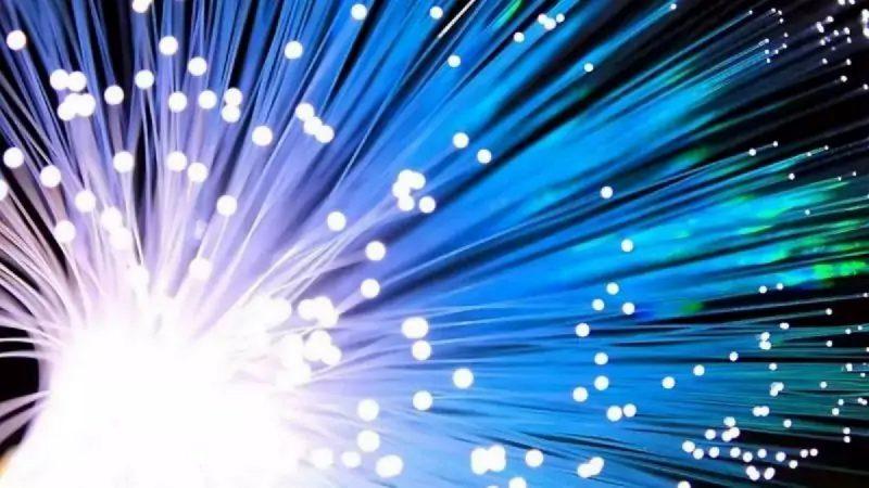 """Fibre optique : les opérateurs se défendent face au """"travail de cochon"""" dénoncé par le gendarme des télécoms"""