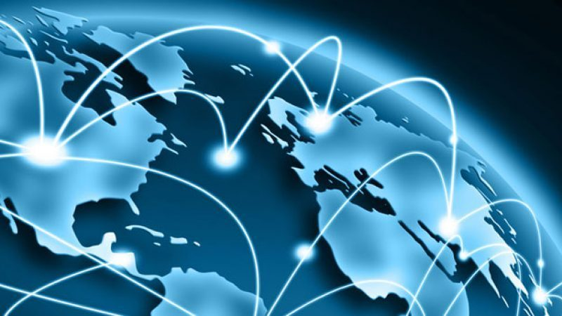 Ça s'est passé chez Free et dans les Télécoms…  Bouygues Telecom veut boxer face à la Freebox, Free décroche le gros lot sur la fibre, ses abonnés surfent plus vite et c'est gratuit