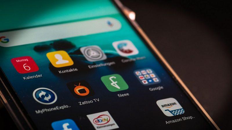 Exposition aux ondes : l'ANFR vous montre comment sont réalisés les contrôles de DAS sur les smartphones