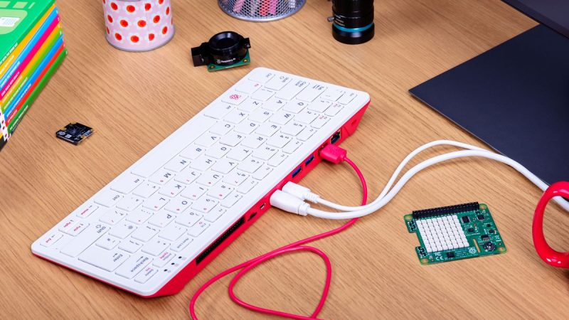 Raspberry : voici le Pi 400, un ordinateur dans un clavier