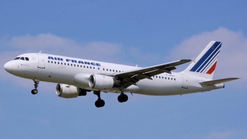 Réserves face à la 5G près des aéroports : la Direction générale de l'aviation civile répond aux opérateurs, rien d'anormal