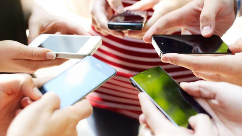 Addiction aux smartphones :  89% des interactions sont spontanées selon une nouvelle étude