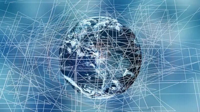 L'Arcep formule 11 propositions impliquant les réseaux fixes et mobiles d'Orange, Free, Bouygues et SFR
