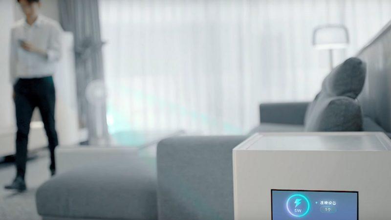 Smartphones : Motorola dévoile un smartphone haut de gamme, Xiaomi facilite la charge sans-fil
