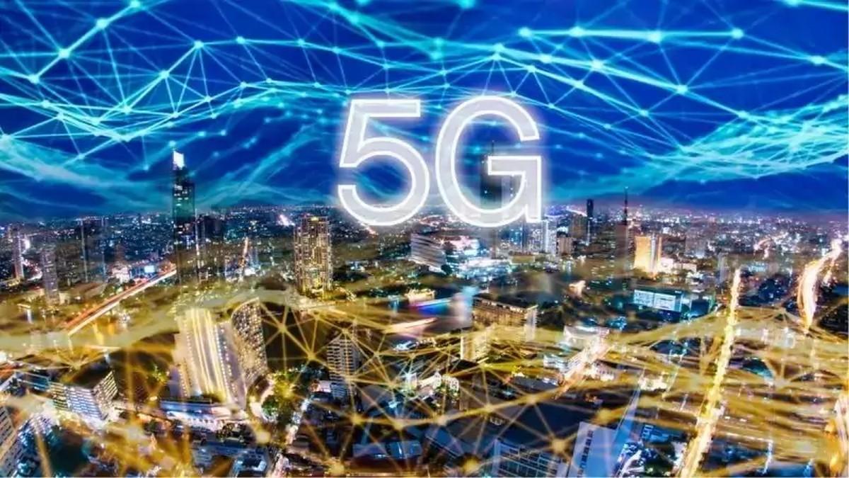 Orange, Free, Bouygues Telecom et SFR vont bientôt pouvoir lancer la 5G à Paris - Univers Freebox