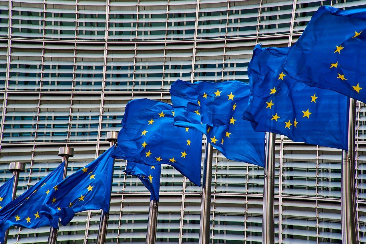 Télécoms : Bruxelles donne deux mois à la France pour adopter les nouvelles règles de l'UE - Univers Freebox