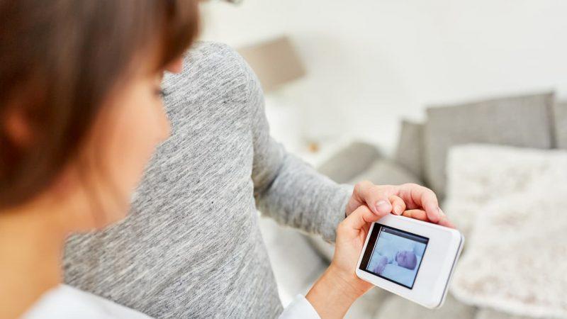 Le flux vidéo de milliers de babyphones en accès libre sur internet, plusieurs failles de sécurité mises en cause
