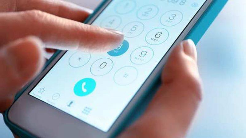 Les Français très attachés à leur numéro de téléphone, la majorité change rarement de numéro