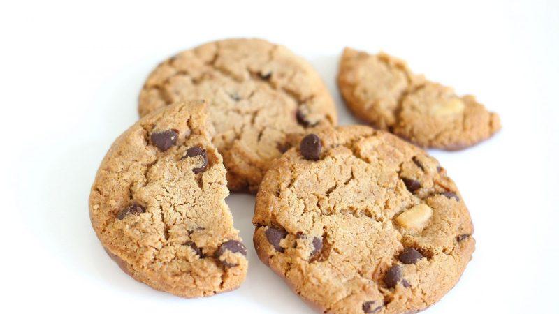 Clin d'oeil : trois mètres de biscuits de la vérité pour Iliad