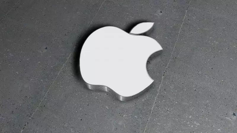 Apple ne cède pas aux pirates, la réparation des MacBook s'en retrouve facilitée