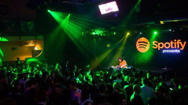 À partir du 27 mai, Spotify vous permettra d'assister à des concerts virtuels en live