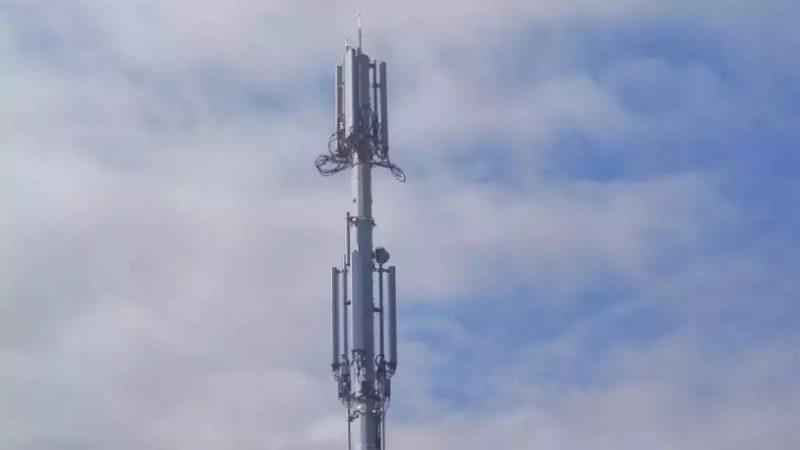 """Free Mobile : un collectif de riverains entendu, pas de """"mini Tour Eiffel"""" dans le paysage"""