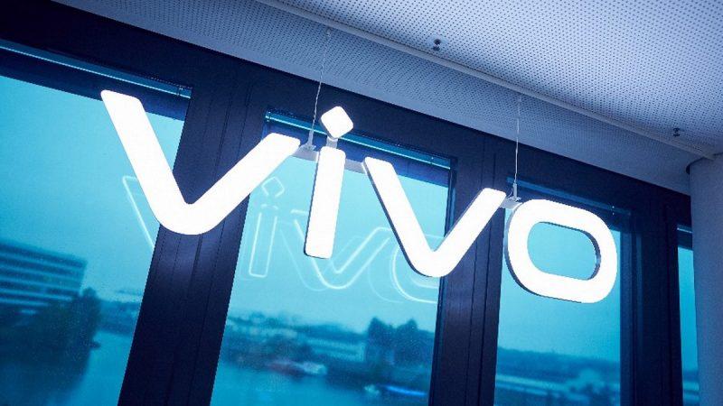 Interview Univers Freebox : disponibilité chez Free, innovations dans les smartphones et politique de mises à jour, Vivo vous dit tout